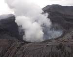 Odyssées volcaniques, quand la terre gronde